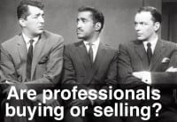 How to Know if the Professionals are Buying or Selling